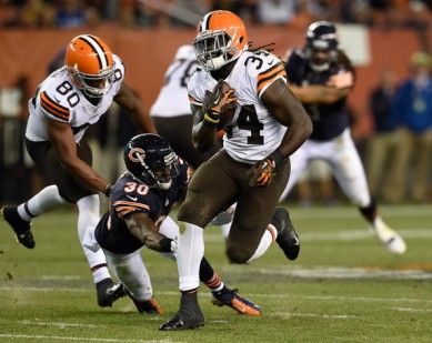 Isaiah+Crowell+Chicago+Bears+v+Cleveland+Browns+wuNSvmt2J8el